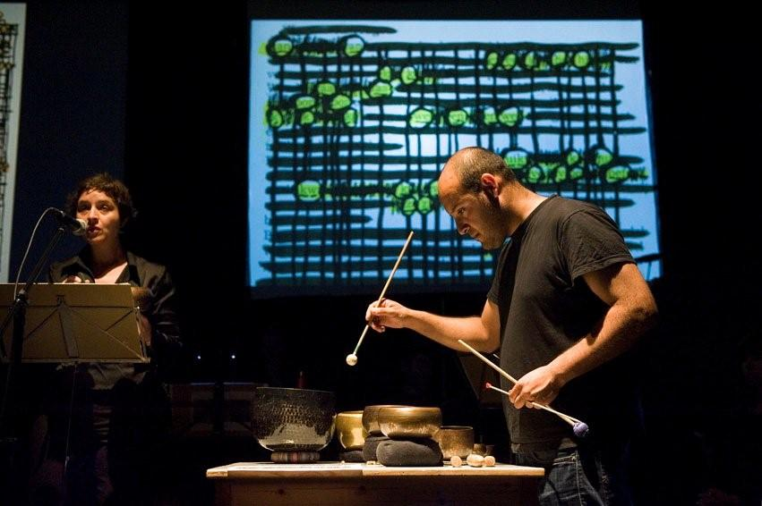OF MUSIC IN LANGUAGE, SONIFICATIONS / september 2011, mit Orlando Aguilar Velasquez © foto Guus Rijven